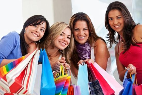 10 причин ходить на шопинг с подругой. Смешные гифки
