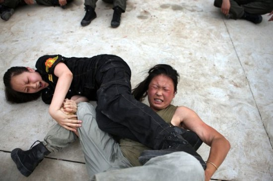 Подготовка китайских женщин телохранителей