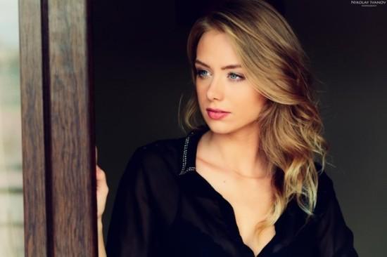 Польская красавица Каролина Дебчинска